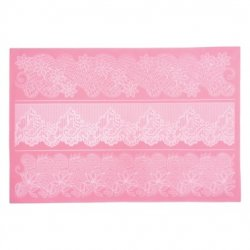 Sweetly Does It Lace Mat 4