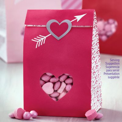 Wilton Treat Bags with Sticker Heartfelt Confections